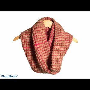 GAP chunky oversize pink & tan infinity scarf 💕